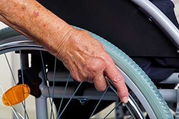 Largest Nursing Home Chains Provide Inferior Care