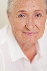 elderly-woman-New-Hampshire-elderly-abuse-nursing-home-200x300